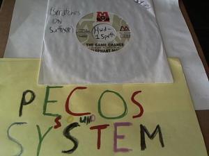 Hud-2 vinyl photos 1065
