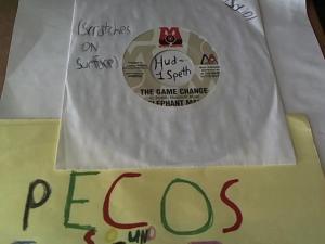 Hud-2 vinyl photos 1067