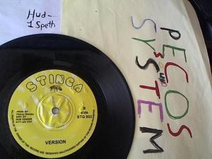 Hud-2 vinyl photos 1576