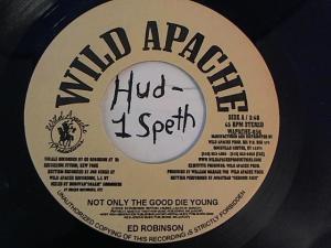 Hud-2 vinyl photos 1674