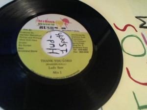Hud-2 vinyl photos 202