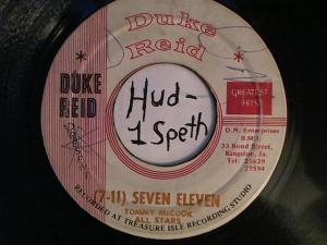 Hud-2 vinyl photos 2400
