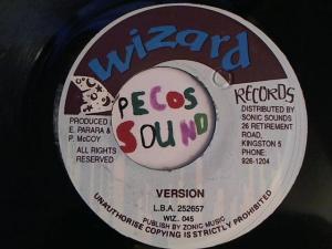 Hud-2 vinyl photos 2607