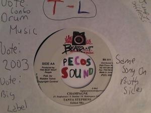 Hud-2 vinyl photos 2923