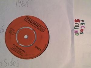 Hud-2 vinyl photos 3190
