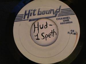 Hud-2 vinyl photos 4617