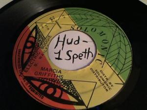 Hud-2 vinyl photos 469