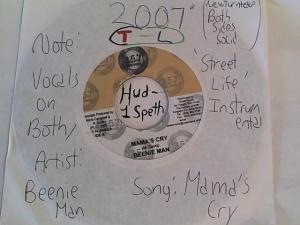 Hud-2 vinyl photos 779