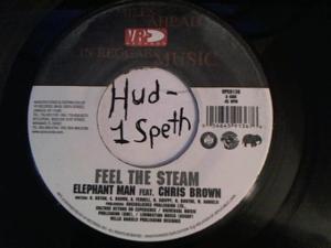 Hud-2 vinyl photos 841